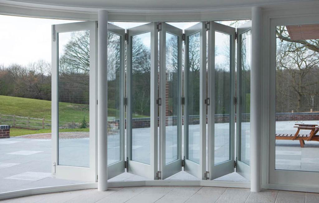 Impressive folding sliding door set featuring 7 doors